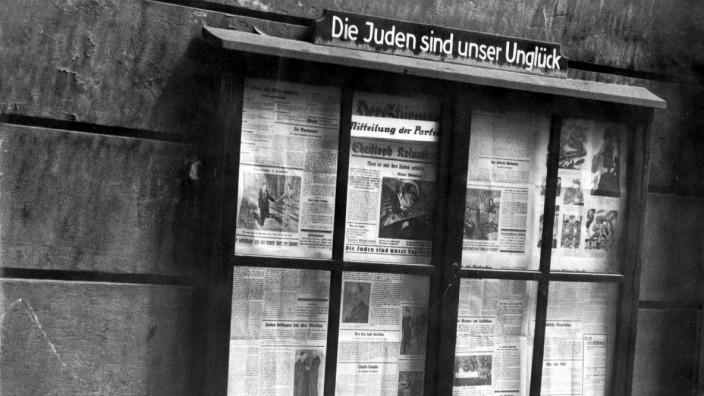 """Aushangkasten  NS-Zeitung """"Der Stürmer"""", 1936"""