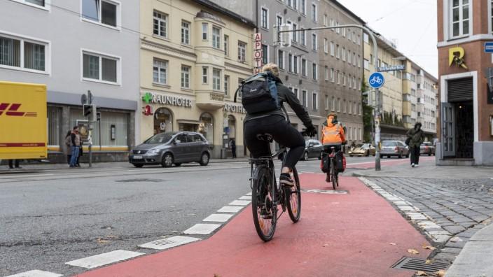 Radweg in der Fraunhoferstraße in München, 2019