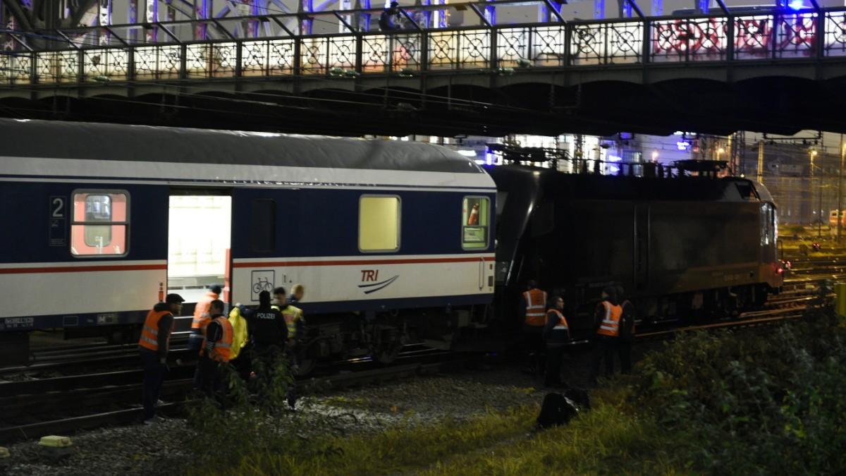 Verkehr in München: Bahn an der Hackerbrücke entgleist