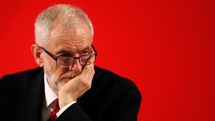 Großbritannien: Umfrage prognostiziert deutlichen Sieg für Johnson - Schlaglichter