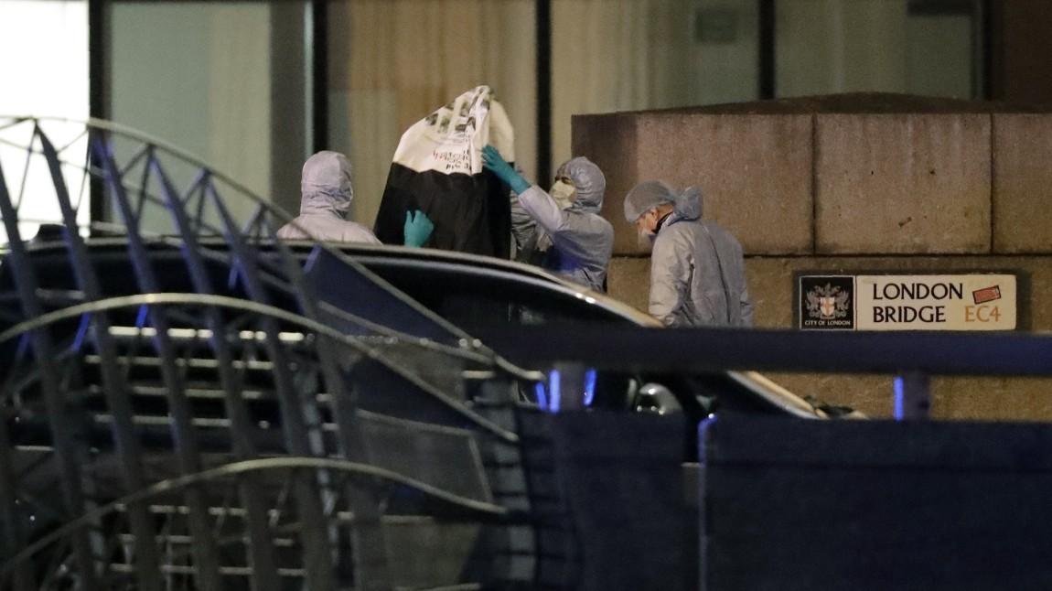 Terror auf der London Bridge: Polizei erschießt Mann
