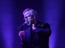 Matt Berninger von der Band The National bei einem Konzert in der Columbiahalle in Berlin, 26. November 2019. Konzert v