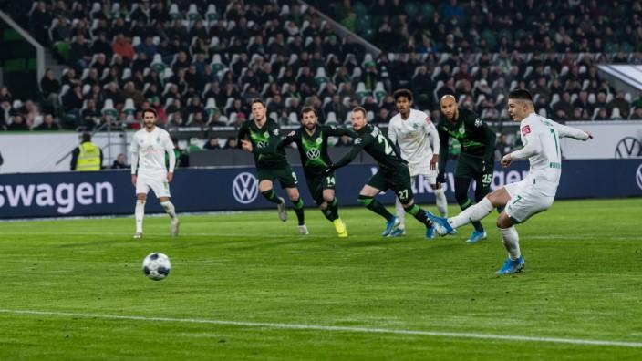 GER, 1.FBL, VfL Wolfsburg vs SV Werder Bremen / 01.12.2019, Volkswagen Arena, Wolfsburg, GER, 1.FBL, VfL Wolfsburg vs S