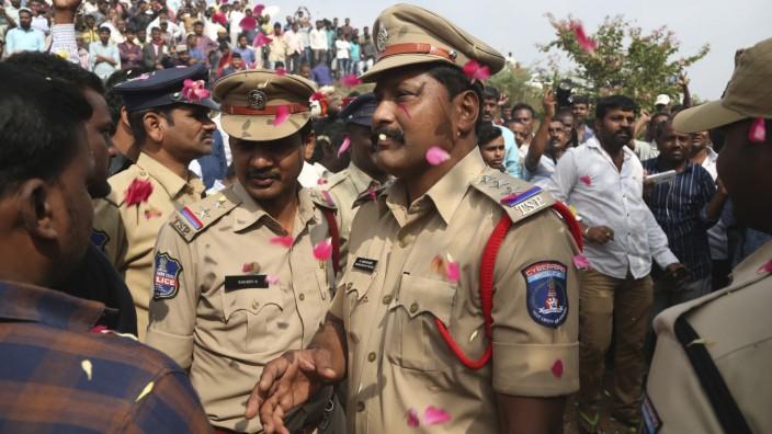 Vergewaltiger getötet: Applaus für Polizei