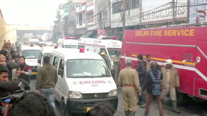Brand in indischer Fabrik: Mindestens 43 Tote