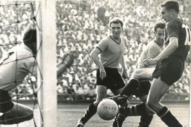 Fußball Endspiel DM 1961 FCN - BVB