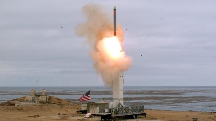 Neue Machtdemonstration:USA testen ballistische Rakete