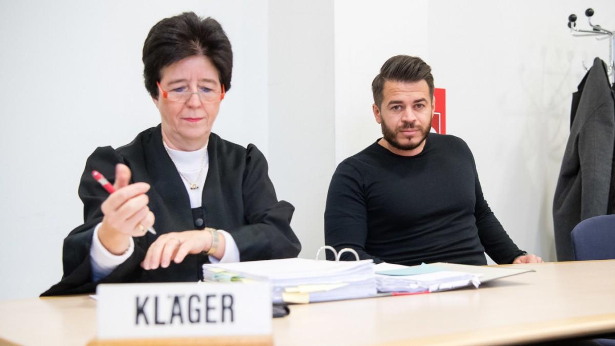 Vor Gericht in München: Arzt operierte falsches Auge