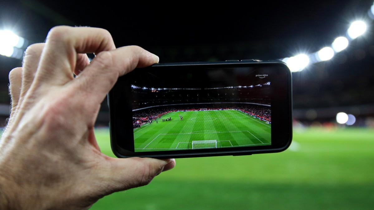 Fußball-Fernsehrechte - Hauptsache, der Preis stimmt