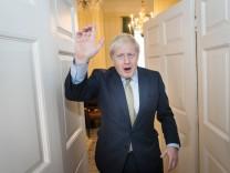 Wahl in Großbritannien 2019: Boris Johnson nach dem Wahlsieg in Downing Street 10