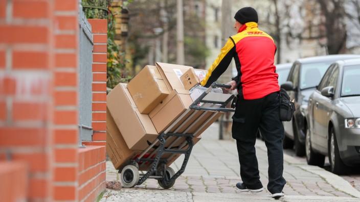 DHL erhöht die Paketpreise zum Jahreswechsel