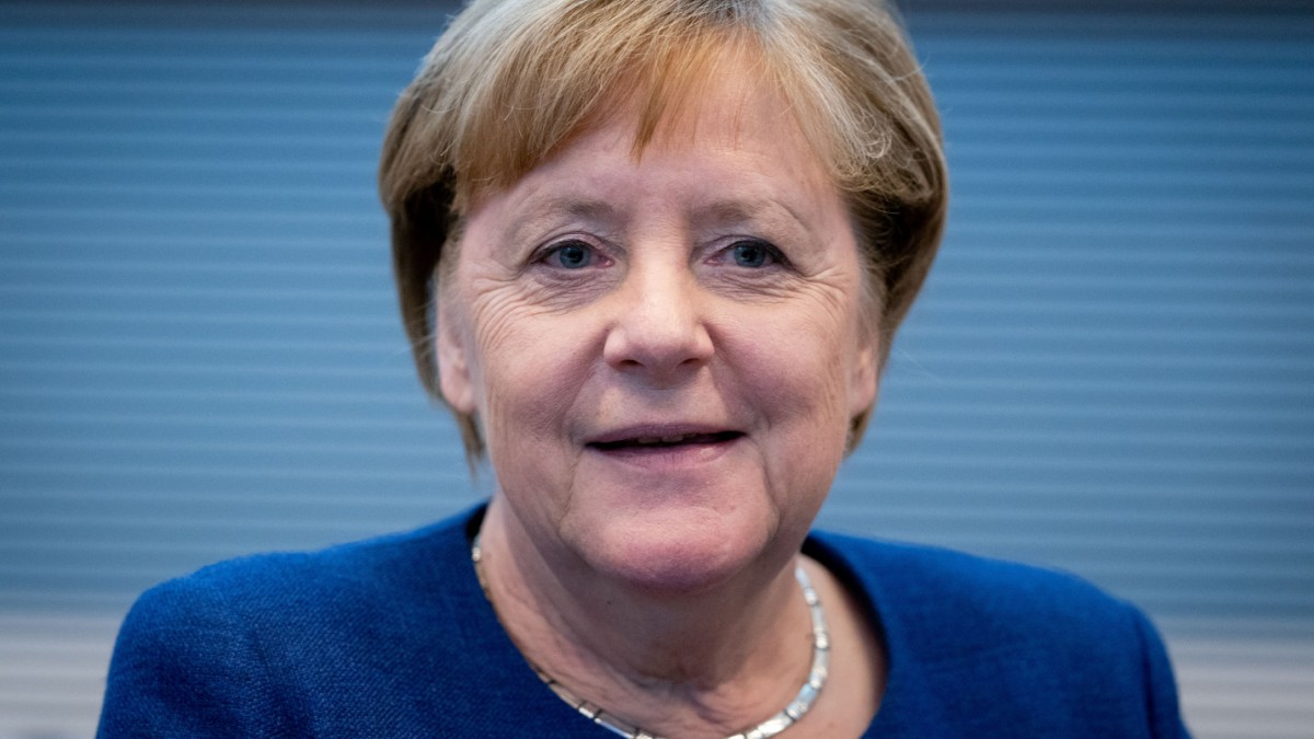 Bundestag: Merkel-Regierungsbefragung im Livestream