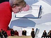Angela Merkel unterzeichnet Vertrag von Lissabon; AFP