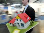 Immobilien-Kredite Das Eigenheim günstig finanzieren AFP