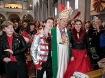 Faschingsgottesdienst, Schunkelmesse, St. Maximilian Kirche, hier alles nach der Messe!