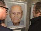 Ausstellung präsentiert Fotos von Holocaust-Überlebenden (Vorschaubild)