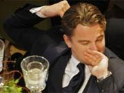 Auch ein Star wird mal müde: Leonardo DiCaprio bei Cinema for peace Foto: ddp