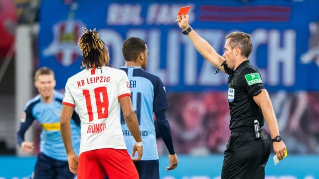 Bundesliga Wenn Schiedsrichter zu autoritären Aufsehern werden