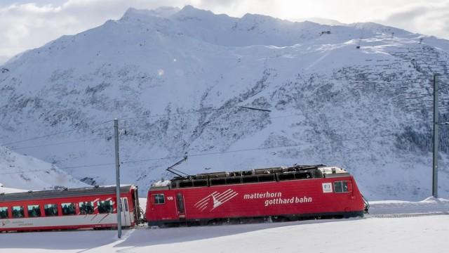 Reiseregion Mit dem Zug zum Gletscher
