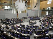 Bundestag; Plenarsaal; Überhangmandate; dpa