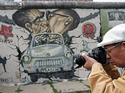East Side Gallery, dpa