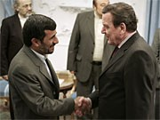 Schröder; Ahmadinedschad; Reuters