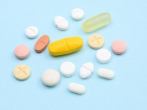 Verschiedene Tabletten Deutschland Europa *** Various tablets Germany Europe Copyright imageBROKE