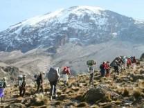 Afrika Tansania Kilimandscharo Trekking, Meyer/dpa