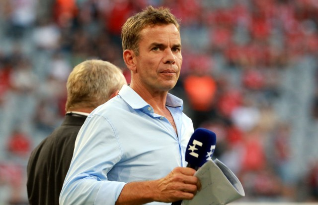 Moderator Wolfgang Nadwornik Fussball Allianz Arena München FC Bayern München Bayer 04 Lever