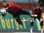 Fußball Nationalmannschaft DFB Tim Wiese Rene Adler, rtr