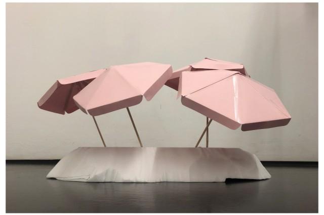 """Schirminstallation """"Parasol"""" der Münchner Designerin Ayzit Bostan, Abbildung: Ayzit Bostan"""