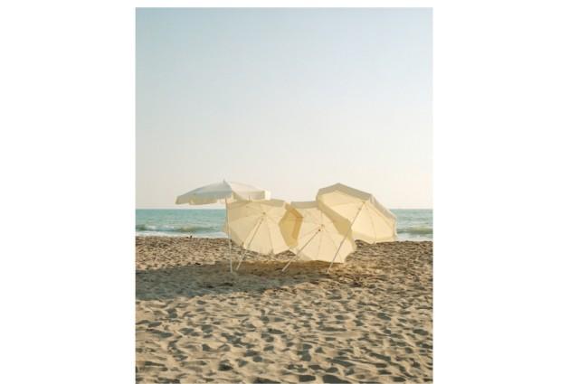 """Foto für Schirminstallation """"Parasol"""" der Münchner Designerin Ayzit Bostan"""