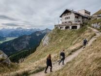 Leere Hütten, Brotzeit to go - was wird aus dem Bergsommer ?