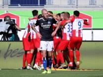1. FC Heidenheim 1846 v Hamburger SV - Second Bundesliga