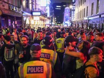 UK Pubs And Restaurants Reopen After Coronavirus Lockdown