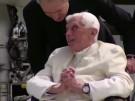 Früherer Papst laut Zeitung ernsthaft erkrankt (Vorschaubild)