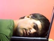 Stillstand im Hamsterrad: Das Risiko an Burnout zu erkranken, nimmt dramatisch zu. Besonders gefährdet sind die engagierten Mitarbeiter, die mit Spaß bei der Arbeit sind.