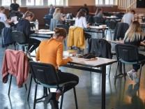 Coronavirus - Abiturprüfung in Brandenburg