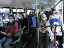 Maskenpflicht im öffentlichen Nahverkehr in München während der Corona-Krise, 2020