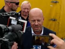 Andreas Kalbitz (AfD, Fraktionvorsitzender d. Landtagsfraktion) spricht anlässlich des Wahlkampfauftakts der Partei Alt