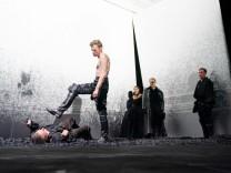 Sechs Tanzstunden in sechs Wochen | Richard Alfieri | Kasino; Das Leben ein Traum Burgtheater