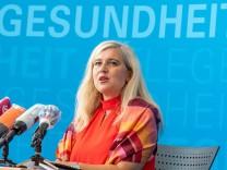 Pressekonferenz zur Corona-Panne in Bayern