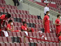 Fußball: Bundesliga, 1. FC Köln - Coronavirus