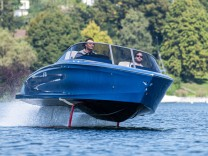 Elektro-Sportboot Candela: Fliegen über Wasser