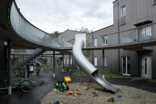 Presse-Spaziergang durch die Holzbausiedlung im Prinz Eugen Park