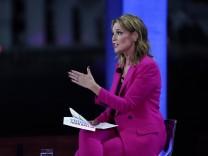 Donald Trump Moderatorin Savannah Guthrie