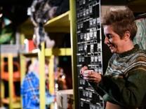 Theater: Eine Menge auf Lager