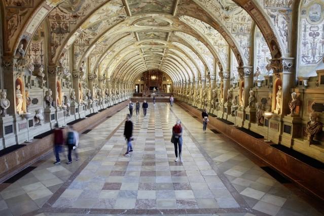 München, Residenz, Antiquarium, Führungsprogramm, Führung durch die Ausstellungsräume