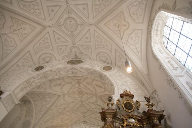 Feierliche Altarweihe durch Erzbischof Reinhard Kardinal Marx, St. Lorenz, Muspillistraße 14