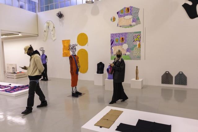 Issey Miyake, Kollektion Frühjahr / Sommer 2021, 2.10.2020, Paris, Fotografin: Katharina Wetzel, Bild hat Online-Recht